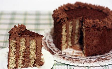 Маковый торт с шоколадным кремом