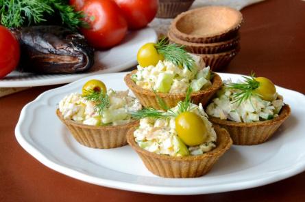Тарталетки с лещом и сыром